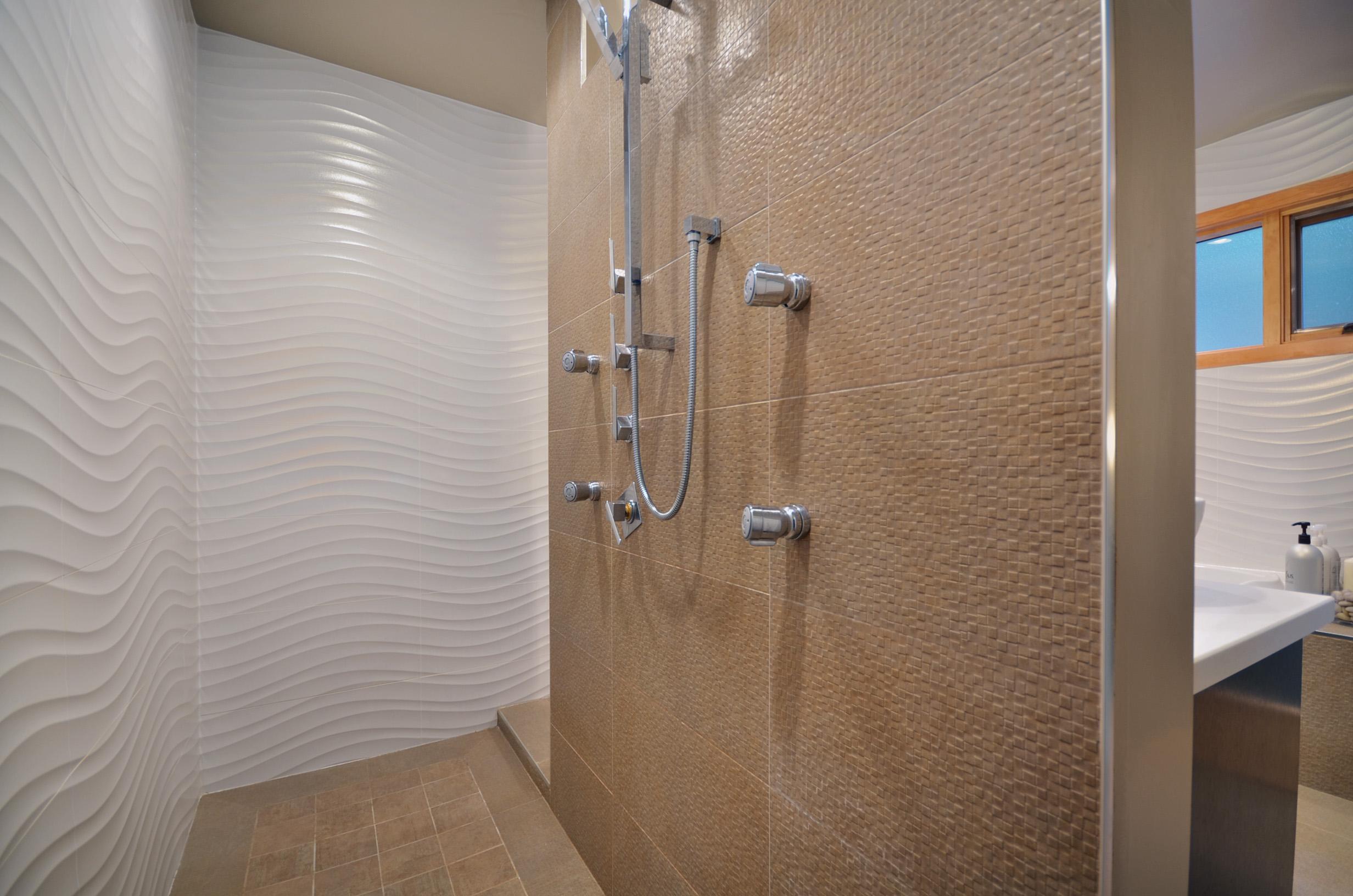 Stunning 10 images walk thru shower house plans 87832 for Walk through shower plans